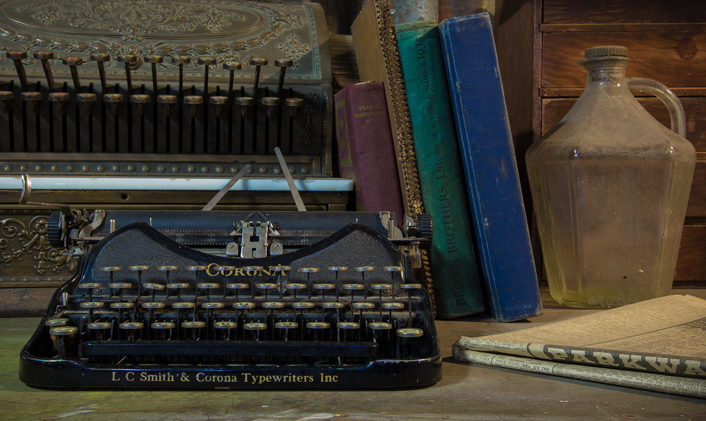 Abandoned junkshop typewriter, Still life - Graham Binns